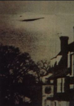huntylch:    England UFO (1944)  This UFO was photographed over the UK in 1944 (no further info available).