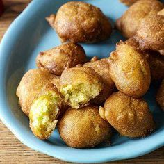 Buttermilk Hush Puppies - Hush puppies are a great Southern tradition along with buttermilk coleslaw and Southern-fried catfish. Why not use all that buttermilk together in all your recipes? Best Side Dishes, Side Dish Recipes, Pork Recipes, Cooking Recipes, Cornbread Recipes, Buttermilk Recipes, Cooking 101, Flour Recipes, Cooking Ideas