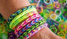 Les bracelets élastiques colorés de l'Oncle Sam font un tabac en France