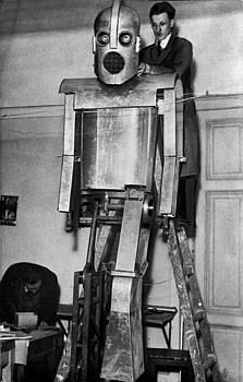 cyberneticzoo.com » Blog Archive » 1937 – Budapest Robot