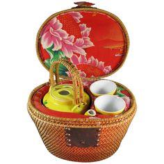 Picnic basket tea set