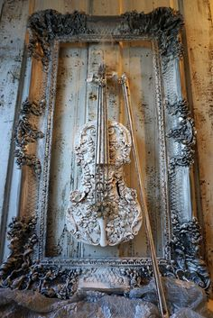 Distressed violin art piece shabby cottage chic white rose garland design up cycled fiddle w/bow wall hanging ornate home decor anita spero