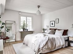 Furniture Decor, Modern Furniture, Furniture Design, Shabby Chic Cottage, Shabby Chic Style, Swedish Decor, Bedroom Retreat, Calm Bedroom, Master Bedroom