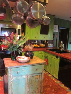 kitchen.green cabinets
