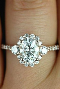 14k White Gold Over 3CT Oval D/VVS1 Diamond Halo Wedding Engagement Ring | eBay
