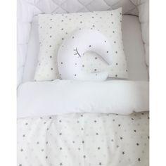 So zauberhaft kann ein Babybettchen aussehen. Alle Produkte sind bei uns im Shop erhältlich: www.effii-kids.de