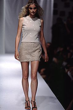 Elspeth Gibson | Spring 2000 Ready-to-Wear | 27 White embellished sleeveless top and beige sequined mini skirt