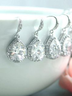 Gorgeous bridesmaid earrings!
