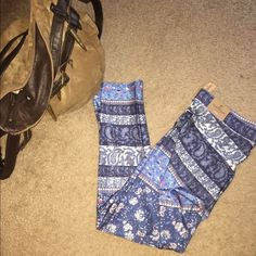 AMERICAN EAGLE LEGGINGS  These are NWT!!! Super cute patchwork design leggings. Great for everyday wear and even the gym (I wear my other AE leggings to gym ). My sister got me the wrong siE for Christmas  Wear them during any season ❄️☀️. American Eagle Outfitters Pants Leggings