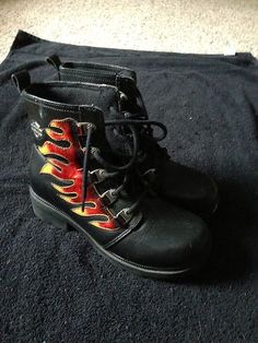 Harley Davidson Womens Boots love these <3 dont got...but I am going to buy them put with all my Harley boots and stuff <3 heck been collecting for over 30 yrs :-)