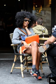 girlfriend is one of the coolest cats I ever did see. Julia Sarr Jamois in Paris. Moda Fashion, 70s Fashion, Fashion Week, Korean Fashion, Girl Fashion, Fashion Trends, Fashion Quiz, Queer Fashion, Fashion Black