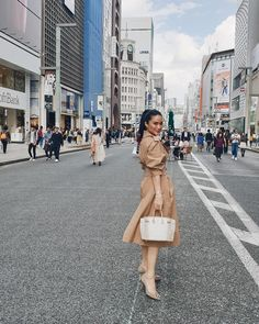 Women S Fashion Boutique Cheap Heart Evangelista Style, Filipiniana Dress, Filipino Fashion, Celebrity Style Casual, Filipina Beauty, Smart Outfit, Classy Chic, Classy Outfits, Modest Outfits