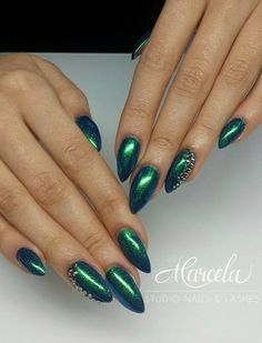 Emerald Effect by Dominika from Marcela Studio Nails & Lashes - Indigo Kielce #nails #nail #effect #emerald #indigo #wow #omg