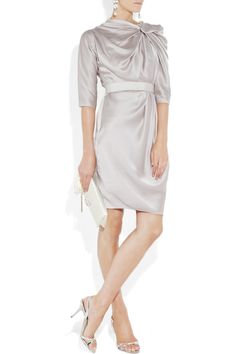 Mother of the bride dress in a light gray silk satin by Lanvin | Knot-front. Have made by dress designer.