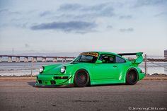 RAUH Welt-BEGRIFF (RWB) - Porsche