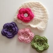 Baby Hat Girls - 10 yrs Old With Flower  - via @Craftsy