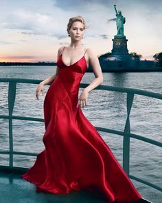 Jennifer Lawrence covers Vogue September Issue celebrating their 125th Anniversary