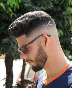 25 Men S Haircuts Cool Hairstyles 2020 Update Beard
