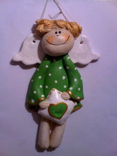 salt dough angel Christmas Projects, Kids Christmas, Salt Dough Christmas Ornaments, Clay Angel, Salt Dough Crafts, Biscuit, Handmade Angels, Ceramic Angels, Clay Figurine