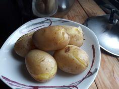 Lessare le patate velocemente in pentola a pressione