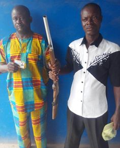 Police Arrests Touts With Gun & Fake Police Warrant Card On Highway In Otta (Photo) - http://www.77evenbusiness.com/police-arrests-touts-with-gun-fake-police-warrant-card-on-highway-in-otta-photo/