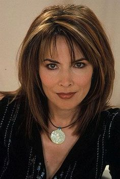 Lauren Koslow Shoulder Length Synthetic Capless Wig for Women Over 40 - Hair Styles Medium Hair Cuts, Short Hair Cuts, Medium Hair Styles, Curly Hair Styles, Mid Length Hair Styles For Women Over 50, Shoulder Length Hair Cuts With Layers, Layered Haircuts Shoulder Length, Hair Layers, Medium Cut