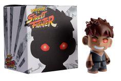 Evil Ryu Street Fighter Kid Robot, vinyl toy, if I could get my hands on this, WOW! This is the rarest of them all, next to the M. Bison and Glow-In-The-Dark Blanka ones. We're talking over 100 bucks for each one! Blanka Street Fighter, Ryu Street Fighter, A Kon, Robots For Kids, Toy R, Comic Games, Vinyl Toys, Marvel Vs, Fighting Games