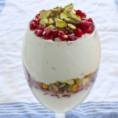 Skinny Snack Time: Pistachios! | Lorimer Street Kitchen  PIstachio Parfait #skinnynut