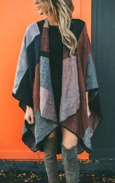 Ily Couture Colorblock Cape