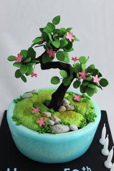 Bonsai cake for Bonsai lover.   http://cakeatelier.com.au