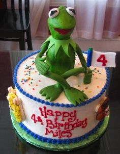 Kermit the frog. I want this as my next birthday cake!