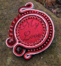 Soutache brooch with textil button