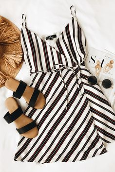 Pledge of Perfection White Striped Wrap Dress 5 Trendy Dresses, Cute Dresses, Casual Dresses, Casual Outfits, Fashionable Outfits, Cute Summer Outfits, Spring Outfits, Summer Dresses, Outfit Summer