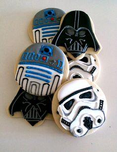 star wars cookies, storm trooper cookies, darth vadar cookies, r2d2 cookies