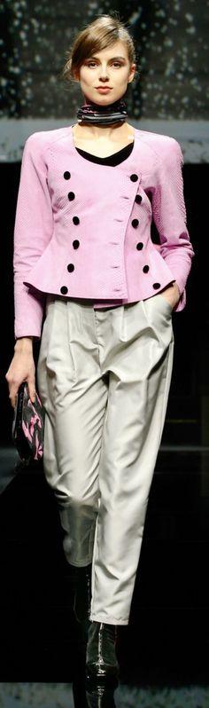 Giorgio Armani fall 2020 All Fashion, Fashion 2020, Runway Fashion, Fashion Show, Womens Fashion, Fashion Trends, Giorgio Armani, Emporio Armani, Armani Collection