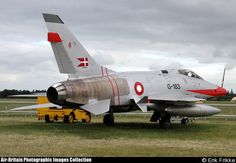 North American F-100D Super Sabre - Click here for a larger image (opens in a new window)