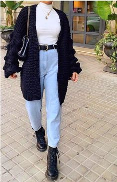 20 Cute Shoes With Women Fall Outfits Source by thepinmag shoes with j., 20 Cute Shoes With Women Fall Outfits Source by thepinmag shoes with j. 20 Cute Shoes With Women Fall Outfits Source by thepinmag shoe. Cold Day Outfits, Best Casual Outfits, Outfits With Hats, Indie Outfits, Casual Winter Outfits, Winter Fashion Outfits, Look Fashion, Jean Outfits, Rock Outfits