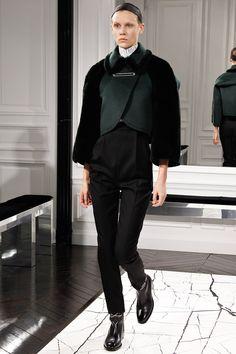 Balenciaga Fall 2013 RTW - Review - Fashion Week - Runway, Fashion Shows and Collections - Vogue