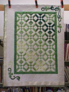 033a1be673d6152d5782f850fe75c026--miniature-quilts-longarm-quilting.jpg 640×853 pixels