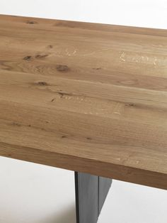 Riva 1920, made in Italy: Natura table, project by C.R. & S. Riva 1920. Solid walnut top.