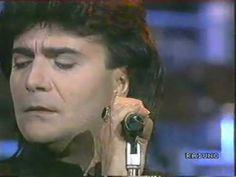 Renato Zero - Spalle al Muro (La grande ovazione dopo l'esibizione di Re...