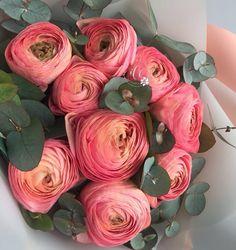 Amazing Flowers, Silk Flowers, Beautiful Flowers, Nature Plants, Nature Decor, Home Flowers, Spring Flowers, Floral Centerpieces, Floral Arrangements