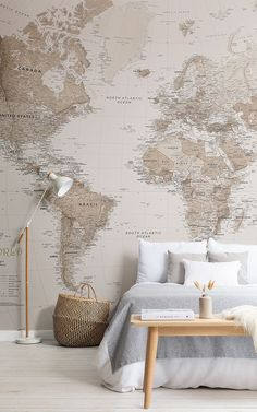 Such a gorgeous bedroom! We love how the bold wallpaper complements the furniture & accessories, rather than overwhelming them. 📷 & wallpaper by World Map Painting, World Map Mural, World Map Wallpaper, Bold Wallpaper, Room Paint Colors, Paint Colors For Living Room, Bedroom Wall Designs, Interior House Colors, Home Decor Paintings