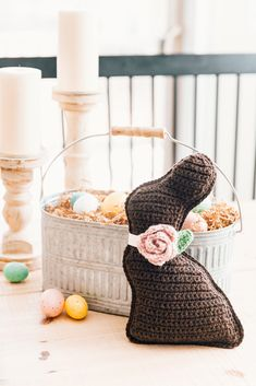 An easy crochet chocolate bunny cuddler style amigurumi pattern that's perfect for Easter gifts and spring decor. Free pattern and video tutorial. Chocolate Rabbit, Chocolate Easter Bunny, All Free Crochet, Easy Crochet, Crochet Toys, Crochet Bunny, Thread Crochet, Easter Crochet Patterns, Amigurumi Patterns