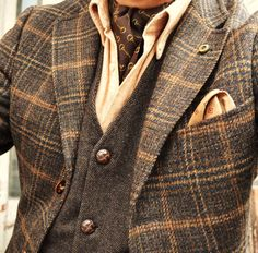 Men's #Fashion: Love the color and texture combination in this great autumn / winter casual look.