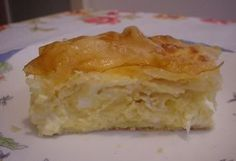 mazedonisches essen Traditional gibanica (cheese and egg pie made with phyllo pastry) is almost a synonym for the Serbian cuisine. Bosnian Recipes, Croatian Recipes, Frittata, Egg Pie, Macedonian Food, Good Food, Yummy Food, Queso Fresco, Breakfast Recipes