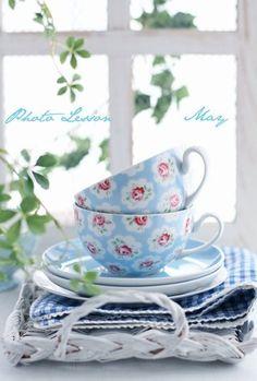 голубые чайные