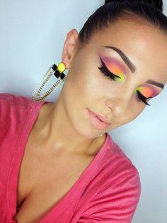 neon eyes https://www.makeupbee.com/look.php?look_id=93203