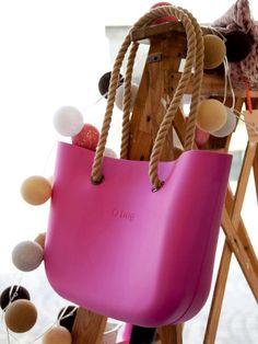The Closet Soul: Fullspot e la creatività Kind Und Kegel, Pandora Bag, Material Girls, Fashion Bags, Women's Fashion, Pouch, Backpacks, Handbags, Tote Bag