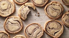 Cinnamon-Log Slices The dough for these bark-like slice-and-bake cookies is amped up with cinnamon and cocoa and finished with a crust of raw sugar. Mini Desserts, Cookie Desserts, Cookie Recipes, Dessert Recipes, Cinnamon Desserts, Cinnamon Cookies, Cocoa Cookies, No Bake Cookies, Baking Cookies